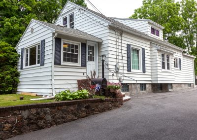 Timeless Colonial Two Blocks from Onondaga Lake Park